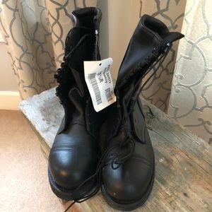 Vibram steel toe boots